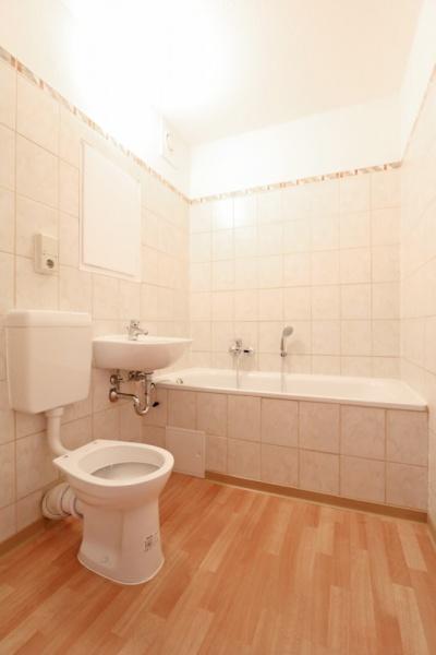 Vorschaubild für Wohnung:  Neidhardt-von-Gneisenau-Str. 57 (Hoyerswerda) 6